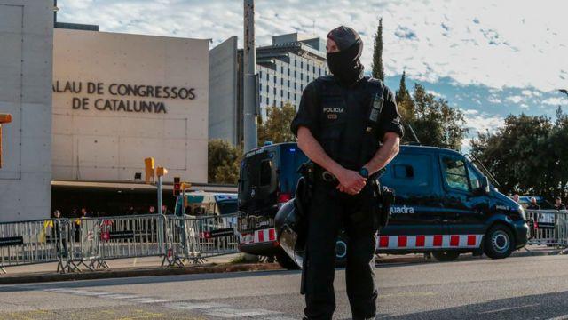Підвищені заходи безпеки біля місця проведення церемонії за участі короля у Барселоні