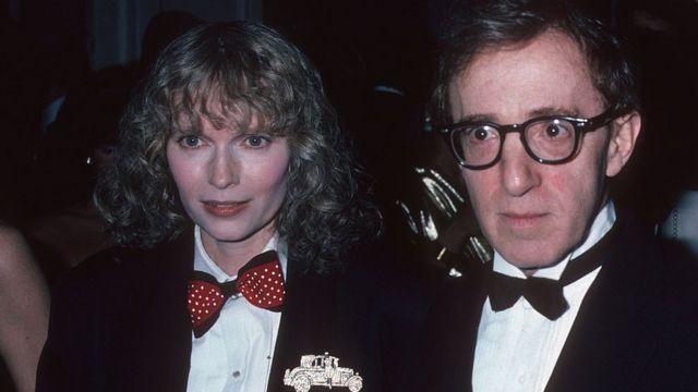 Mia Farrow y Woody Allen en 1986