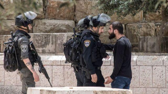 """""""التايمز تقول إن إيران """"تريد دق إسفين بين إسرائيل وأصدقائها العرب الجدد"""