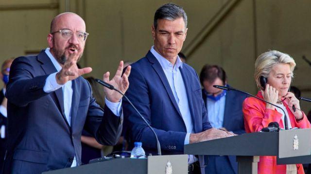 AB kurmayları ve İspanya Başbakanı Sanchez, Kabil'den tahliye edilenlerin getirildiği karşılama merkezini ziyaret etti.