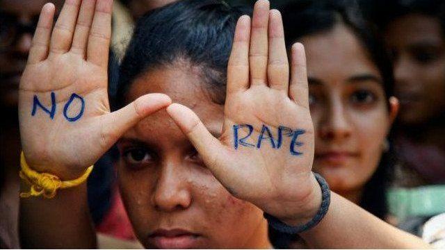 दिल्ली मे बलात्कार के ख़िलाफ़ प्रदर्शन