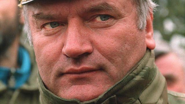 Ratko Mladic durante la guerra de Bosnia