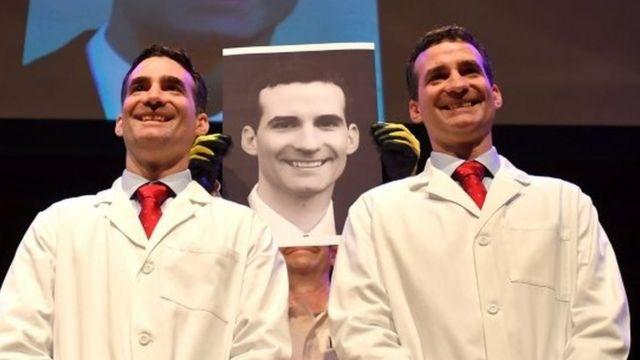 Los gemelos Aaron y Andrew Aguirre