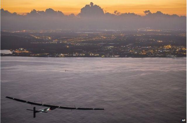 Solar Impulse grounded until 2016