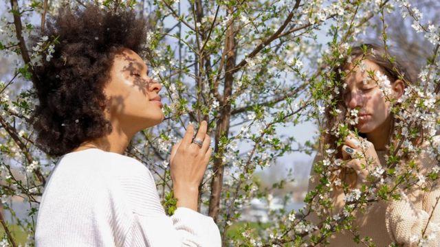 كيف يؤثر العطر على صحتك؟