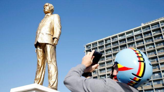 تمثال نتنياهو