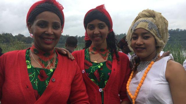 Shamarran Oromoo fayaa fi uffannaa aadaa Oromootiin bareedan