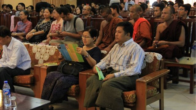 Diskusi masalah Rakhine