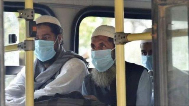 'தப்லிக் ஜமாத்வெளிநாட்டவர்கள் பலியாடுகள் ஆக்கப்பட்டனர்': மும்பை உயர் நீதிமன்றம்