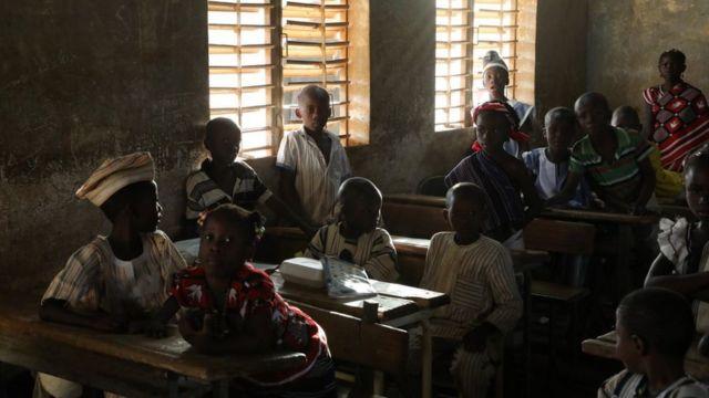 Des élèves en classe à Ouagadougou, la capitale du Burkina Faso