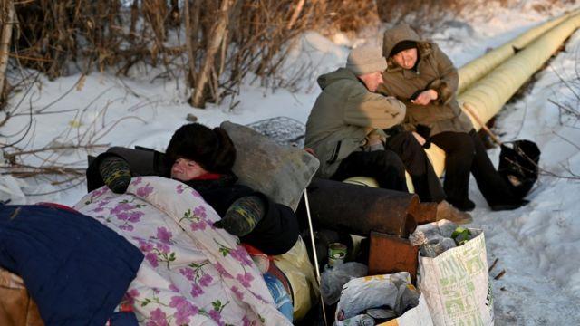 Omsk'taki sıcak borular, evsizler için yaşamla ölüm arasındaki çizgiyi belirliyor