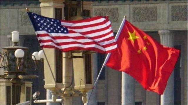 চীন থেকে আমদানি পণ্যের ওপর যুক্তরাষ্ট্রের শুল্ক বসানোর পর, চীনও যুক্তরাষ্ট্রের পণ্যের ওপর শুল্ক বসিয়েছে
