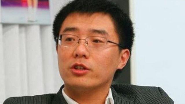 賈葭氏の失踪を報じる香港の日刊紙「蘋果日報」