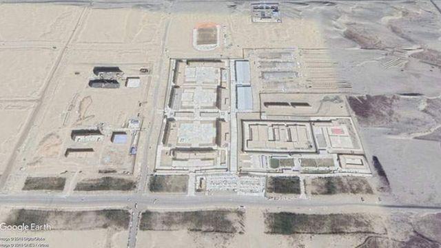 Imagens de satélite mostram campos de internação