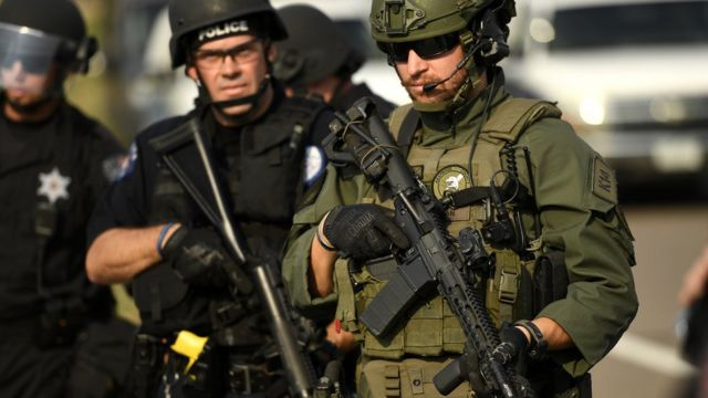 Agentes da polícia