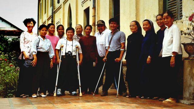 Tuy, David e as freiras do orfanato