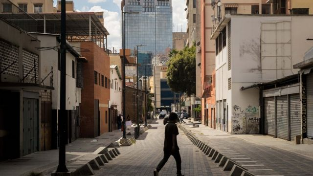 Calle de Caracas prácticamente vacía