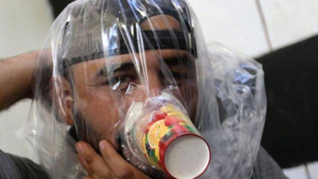 Mặt nạ hóa học tự chế được thử nghiệm ở Idlib trong viễn cảnh trận đánh lớn sắp diễn ra