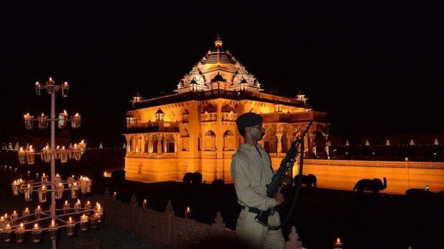 ગાંધીનગરસ્થિત અક્ષરધામ મંદિર