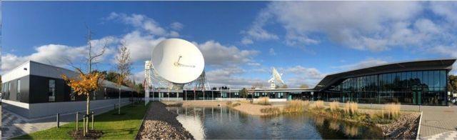 يوجد المقر الرئيسي للمرصد في جوردريل بانك في بريطانيا