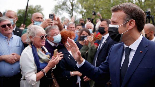 Macron'ın partisi de seçimlerin ilk turunda beklediği sonucu alamadı