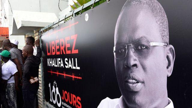 Khalifa Sall, considéré comme un redoutable adversaire de Macky Sall, a été frappé d'une condamnation qui l'écarte du scrutin présidentiel, au même titre que Karim Wade.