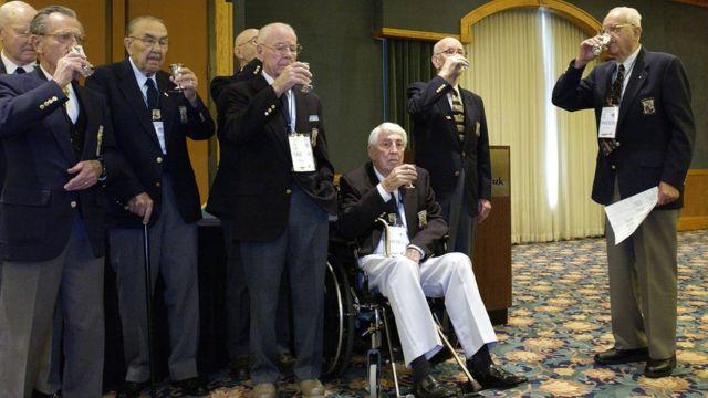 Ежегодная встреча участников рейда Дулиттла (2002 год)
