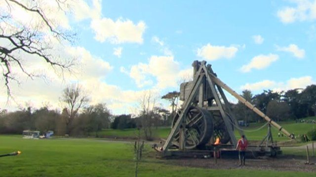Trebuchet back in action at Warwick Castle