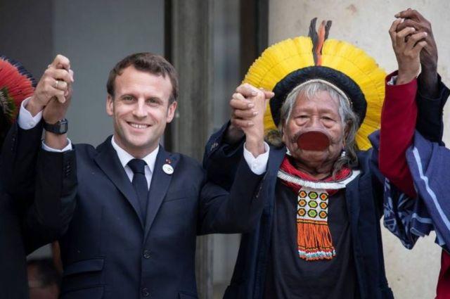 Macron e Raoni