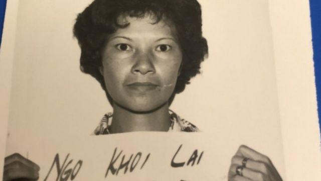 吴喜来在香港的难民登记照。