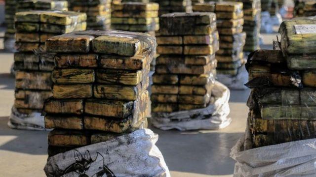 Kokaina dipak dalam bentuk parsel disembunyikan di pengalaman enam kontainer batubara yang akan dikapalkan ke Israel, disita di Paraguay pada 20 Oktober.