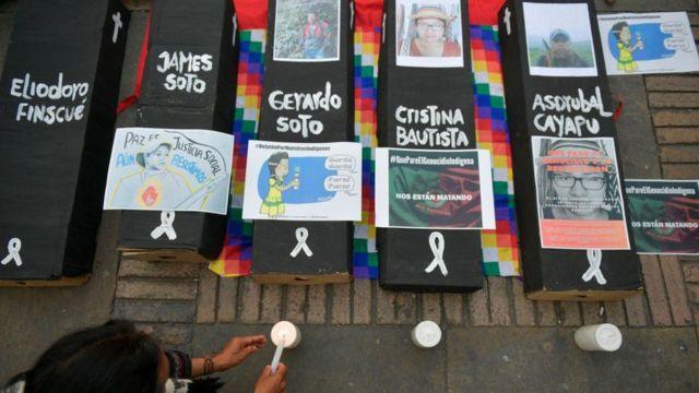Protesta por las matanzas de líderes indígenas.