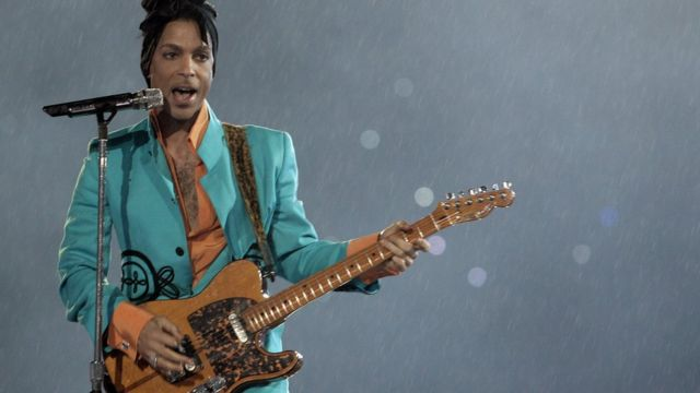 US musician Prince performs during half-time 04 February 2007 at Super Bowl XLI at Dolphin Stadium in Miami