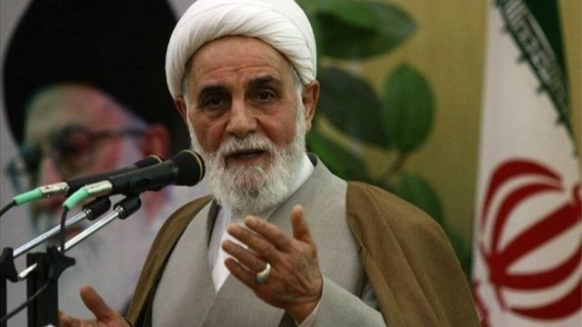 علی اکبر ناطق نوری پیش از دوازدهمین دوره انتخابات ریاست جمهوری ایران به دلیل حمایت از حسن روحانی از ریاست بازرسی دفتر رهبری استعفا کرد