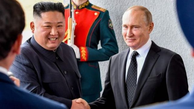 ရုရှားသမ္မတ ပူတင်နဲ့ မြောက်ကိုရီးယားခေါင်းဆောင် ကင်ဂျုံအွန်းတို့တွေ့ဆုံမှုမှာ နျူကလီးယားဖျက်သိမ်း ရေးဆွေးနွေးမယ်လို့ ရုရှားကပြော