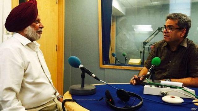 ब्रिगेडियर कंवलजीत सिंह बीबीसी स्टूडियो में रेहान फ़ज़ल के साथ
