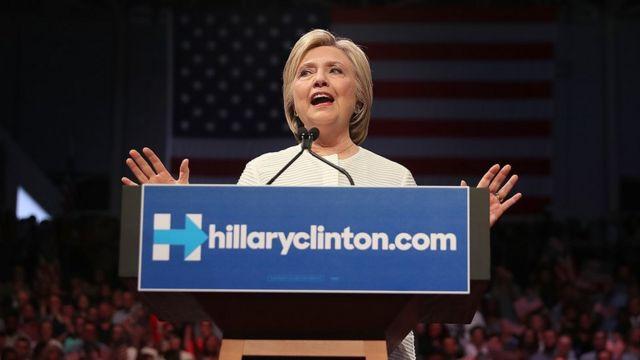 Hillary arrecadou quase quatro vezes mais do que Trump