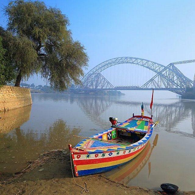 Bote en el río Indo