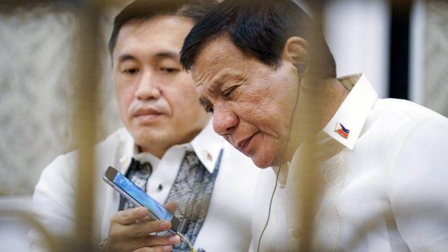 菲律宾总统杜特尔特和美国总统特朗普通电话。
