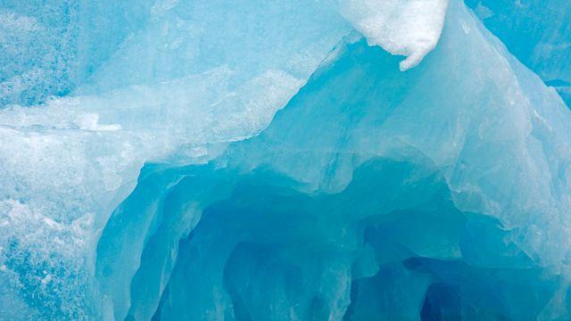 Hielo en el Ártico derritiéndose