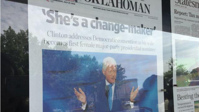 """The Oklahoman gazetesi Hillary Clinton için """"değişim mimarı"""" ifadesini kullandı ama fotoğrafını kullanmadı."""
