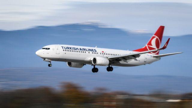 THY'nin elindeki 737-800'lerden biri İsviçre'ye inerken