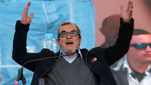 Rodrigo Londoño, oo loo yaqaano Timochenko waa musharaxa madaxwaynanimada FARC