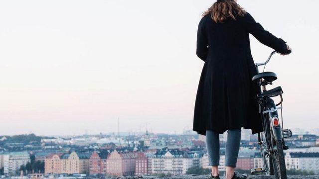 Mulher na Suécia