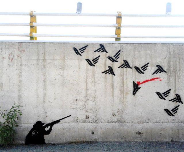 گرافیتی اعتراضات آبان در تهران