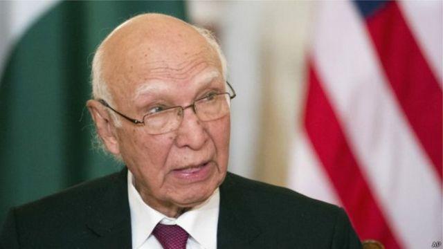 पाकिस्तान के प्रधानमंत्री नवाज़ शरीफ़ के विदेश मामलों के सलाहकार सरताज अज़ीज़