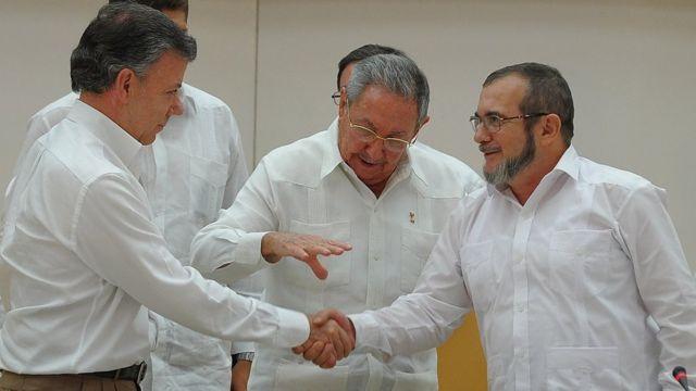 Juan Manuel Santos e Timochenko