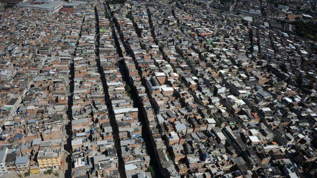 Favela da Maré fica na zona norte do Rio