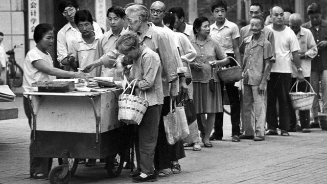 China's history as told through its unbelievable queues