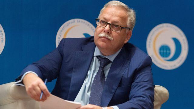 Владимир Сенин